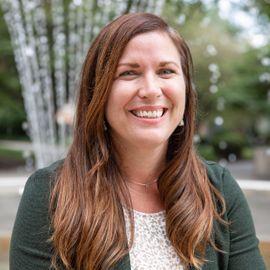 2021 Erica Schieler Headshot
